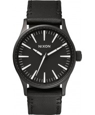 Nixon A377-005 Mens centinela 38 negro reloj blanco