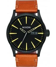 Nixon A105-2664 reloj de cuero de centinela para hombre